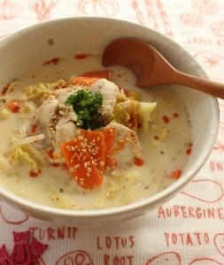 鶏肉ピリ辛スープ